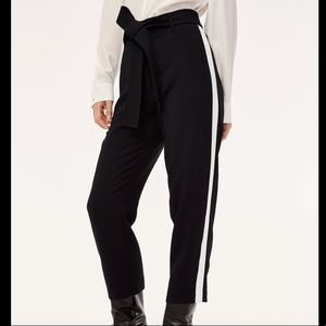 Aritzia Wilfred Tie front pant